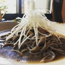 長井市《多夢炉》の冷たい肉そば:画像