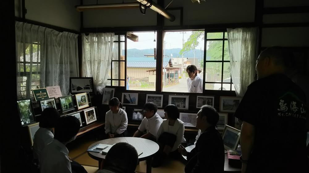 広田先生と堅い握手:画像
