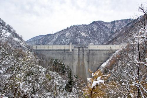 長井ダムから先の道が冬季閉鎖となりました。:画像