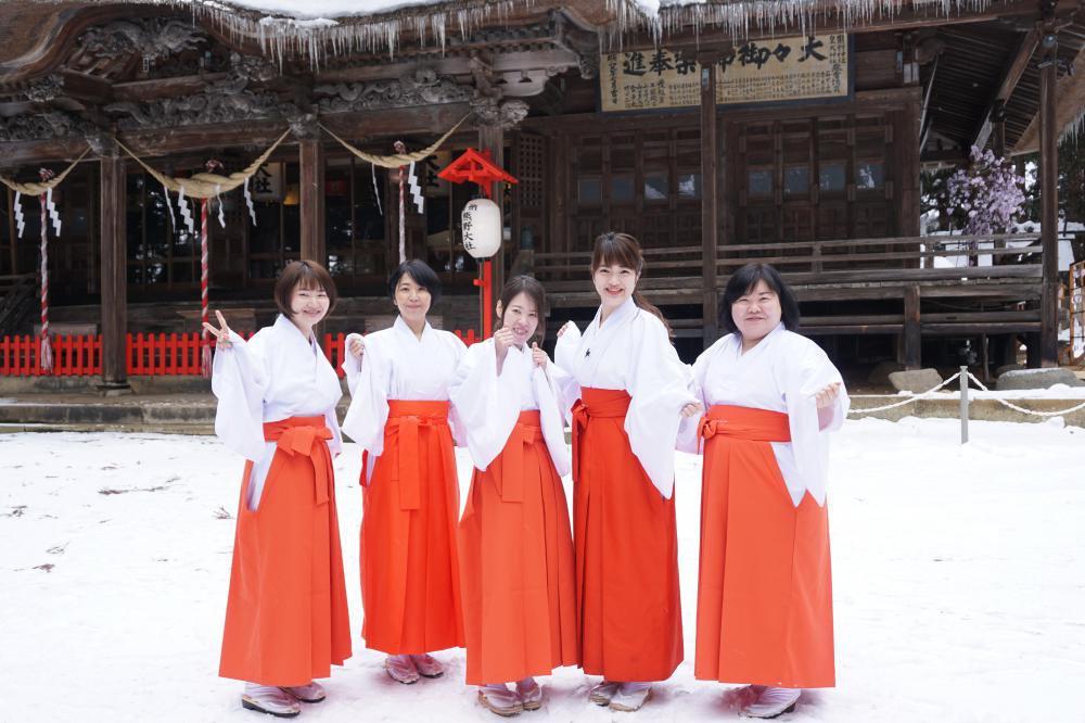 「縁結びの神 熊野大社で巫女体験」が取材されました!:画像